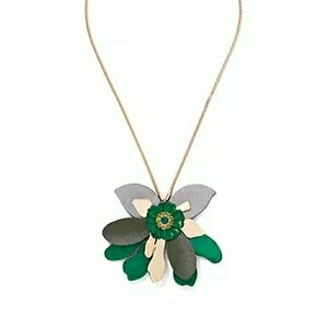 New York & Company Flower Pendant Necklace